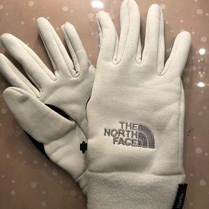 Northface Women's Gloves